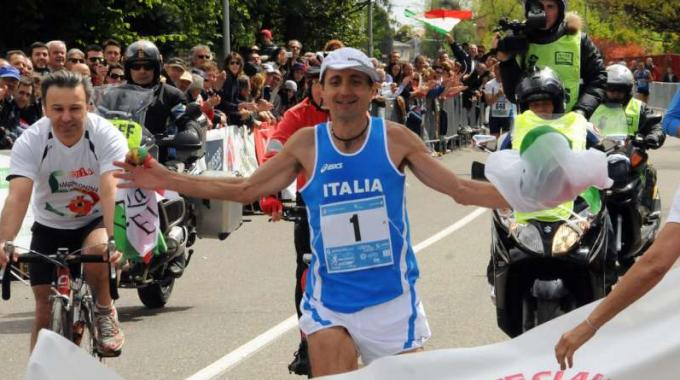 http://motionup.emotiondesign.it/CLIENTI/eurodream/img/news/2012181255__100kmseregno22aprile.jpg